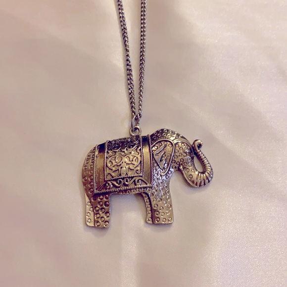 NWT H&M Elephant Silver Plated Long Necklace